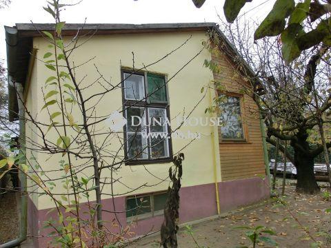 Eladó Ház, Bács-Kiskun megye, Kecskemét - Decathlon Áruház közelében, takaros kis ház