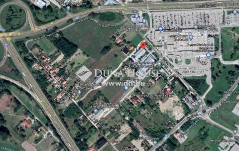 Eladó Telek, Bács-Kiskun megye, Kecskemét - Csarnok építésére alkalmas, belterületi ipari terület