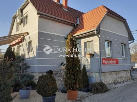 Eladó Ház, Fejér megye, Székesfehérvár - 20 éve jól működő gumis műhely