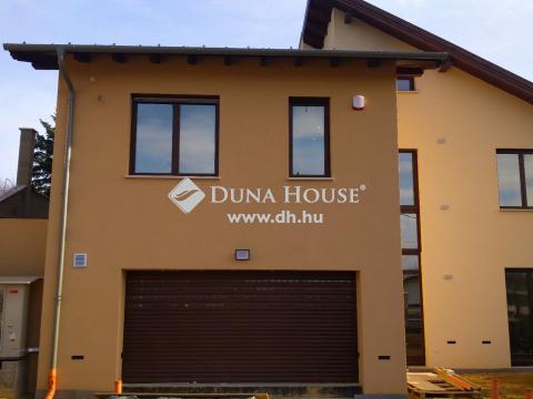 Eladó Ház, Budapest 3. kerület - Ürömhegy, újépítésű ikerház