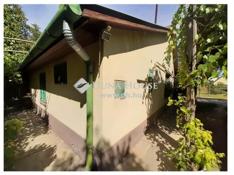 Eladó Ház, Bács-Kiskun megye, Kecskemét - Petőfiváros mellett, arborétumos környezetben