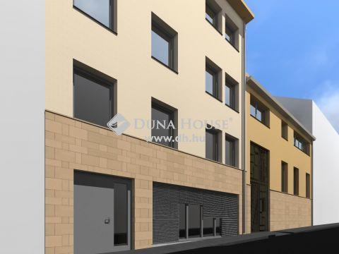 Eladó Üzlethelyiség, Baranya megye, Pécs - Történelmi Belvárosban Új építés