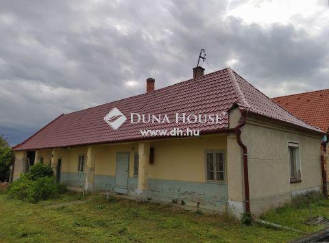 Eladó Ház, Győr-Moson-Sopron megye, Pér