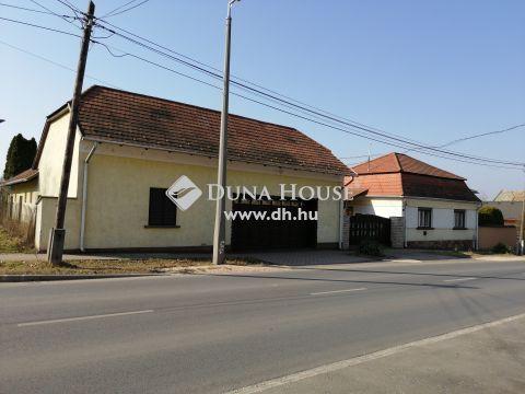 Eladó Ház, Komárom-Esztergom megye, Tata - Tata Komáromi 72