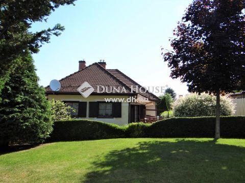 Eladó Ház, Veszprém megye, Veszprém - Autóbuszpályaudvar