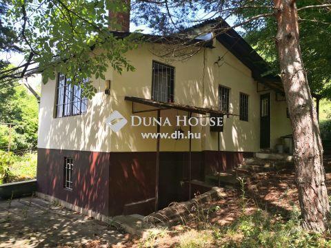Eladó Ház, Pest megye, Verőce - Lósi völgy úti Tüzép melleti felvezető út tetején található zártkerteknél.