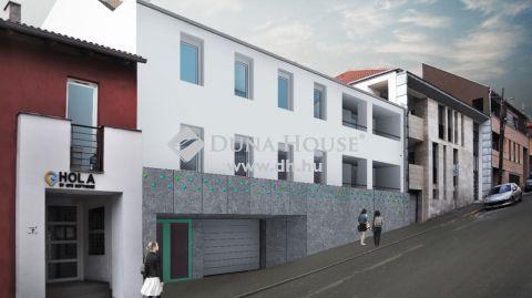 Eladó Telek, Baranya megye, Pécs - Pécs Mecsekoldal, belváros közelében 7 lakásos társasházi projekt, hatályos építési engedéllyel , céggel együtt eladó