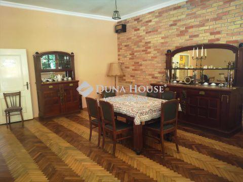 Eladó Ház, Zala megye, Nagykanizsa - Kisfakos központjában hangulatos családi ház eladó