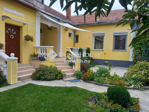 Eladó Ház, Heves megye, Hatvan - Belvároshoz közel csendesebb utcában